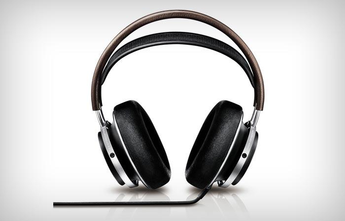 Philips Fidelio X1 headphones