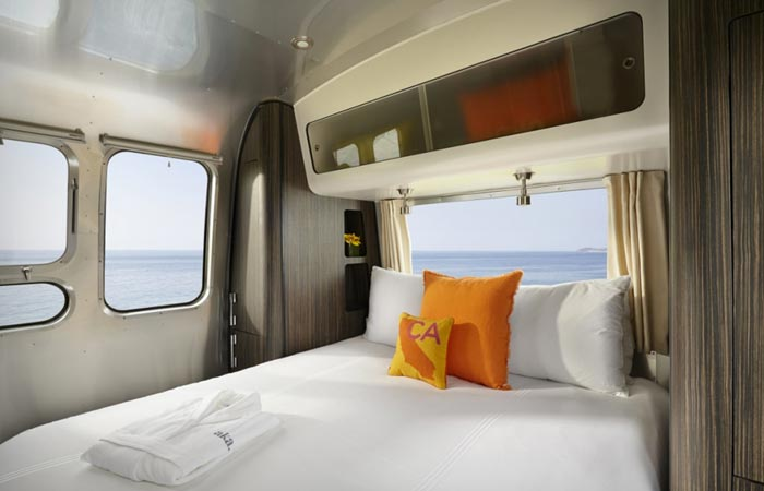 Bedroom in the Aka luxury mobile suite