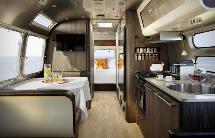 Aka luxury mobile suite
