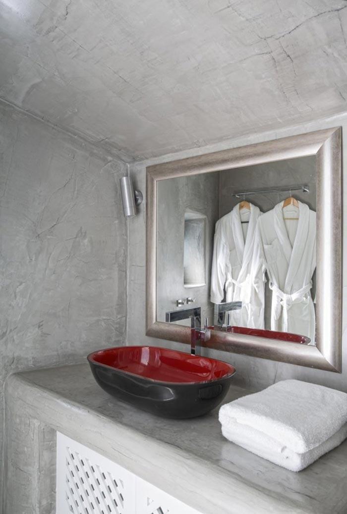 Santorini bathroom style