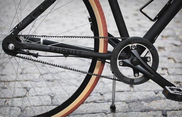 Priority bike pedal and gear
