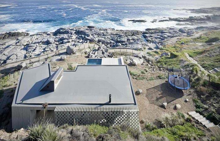 Rambla House exterior architecture in Chile