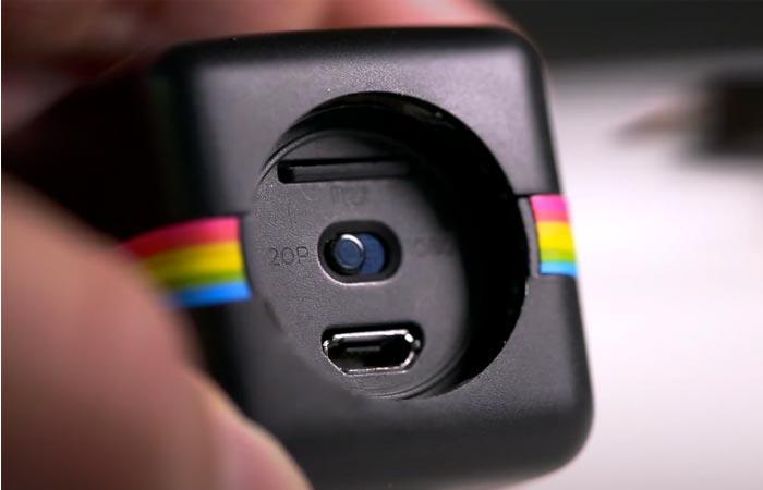 Polaroid Cube usb and sd card slots