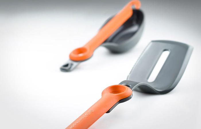 GSI Outdoors Destination kitchen set folding cutlery