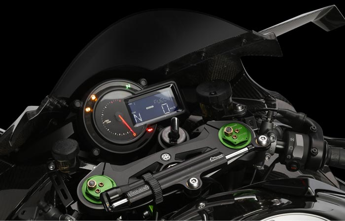 Kawasaki Ninja H2R dash and gauges
