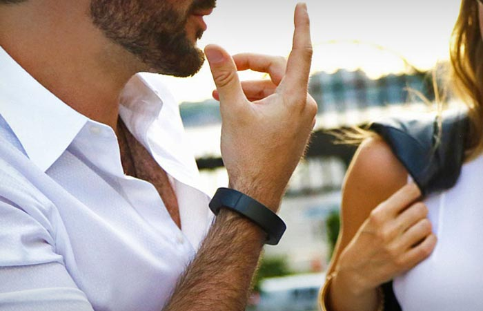 QBracelet, bracelet that charges devices