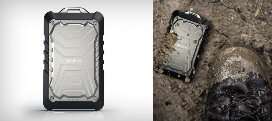 BOLT RUGGED WATER RESISTANT PORTABLE BATTERY