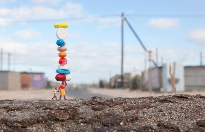 Global Model Village - The Inernational Street Art of Slinkachu