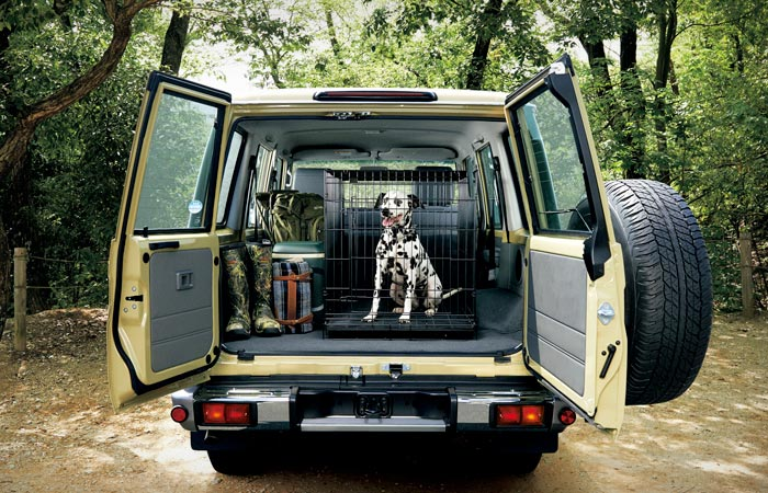 Storage in the Toyota Land-Cruiser 70 Series re-release