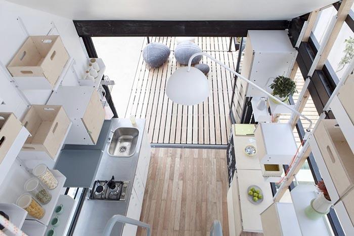 Pod-Indawo micro-house interior