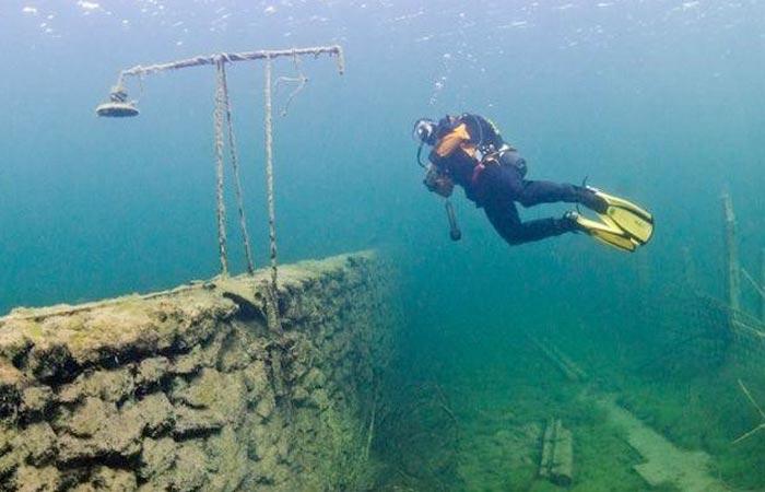 Scuba diving at Rummu underwater prison