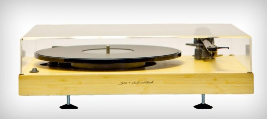 SOTA MOONBEAM TURNTABLE