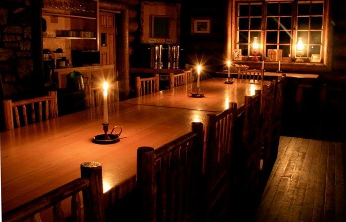 Dining at Skoki Lodge