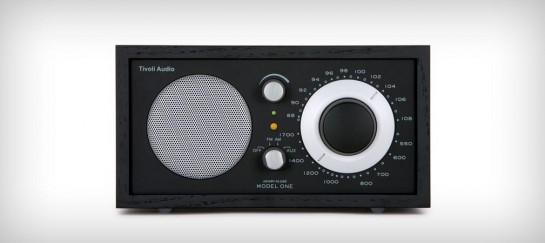 MODEL ONE RADIO   BY TIVOLI