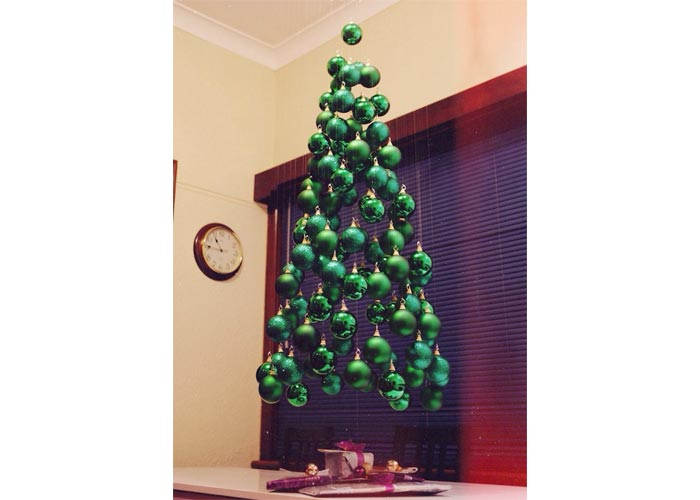 Floating Christmas tree