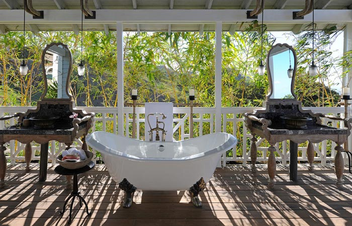 Kittitian Hills Resort bathtub