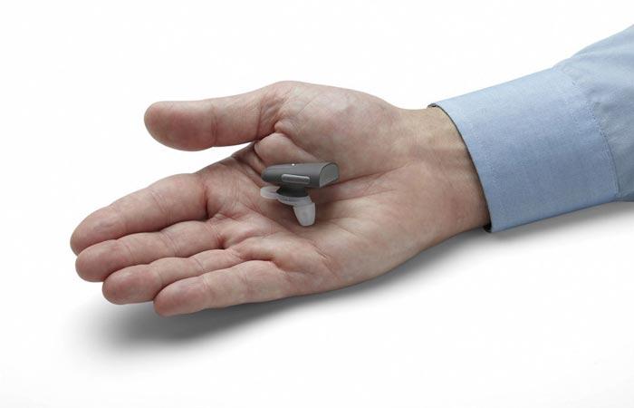 Soundhawk smart hearing amplifier