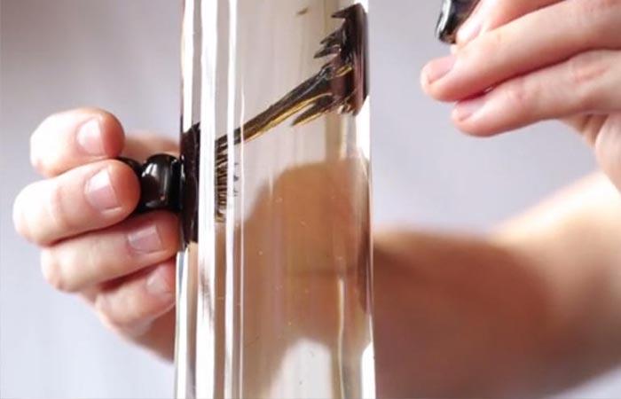 Ferrofluid motion in hte lamp