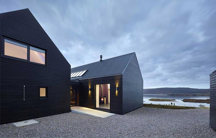 Skye Island house by Dualchas Architects