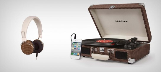 CROSLEY CR8005A CRUISER PORTABLE TURNTABLE
