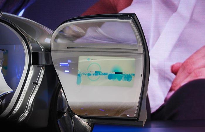F 015 door touchscreens