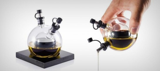 ORBIT OIL AND VINEGAR SET | BY XD DESIGN
