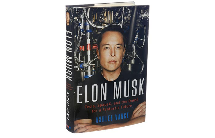Elon Musk: Tesla, SpaceX, and the Quest for a Fantastic Future cover