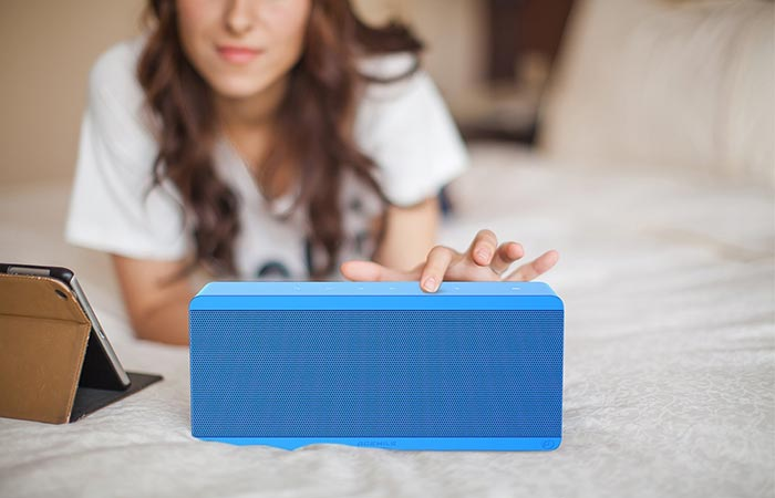 Theatre Box Bluetooth and NFC