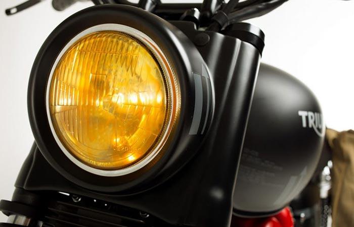 Triumph Bonneville Venom headlight