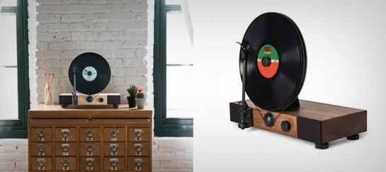FLOATING RECORD VERTICAL TURNTABLE | BY GRAMOVOX