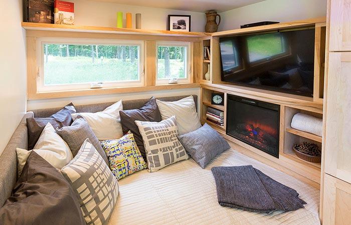 Escape Traveler living room area