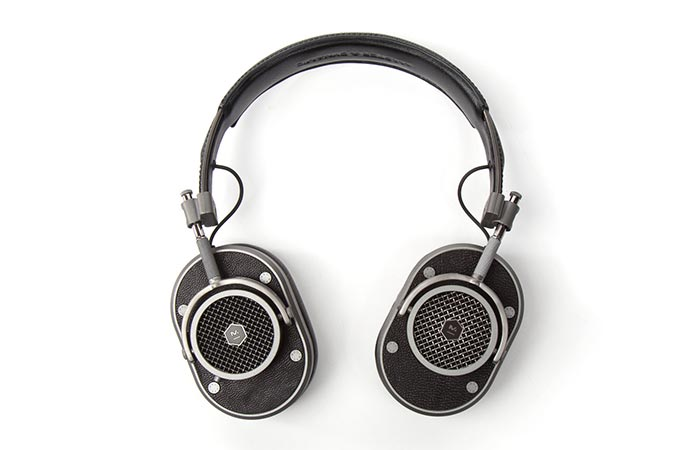 MH40 Headphones sound quality