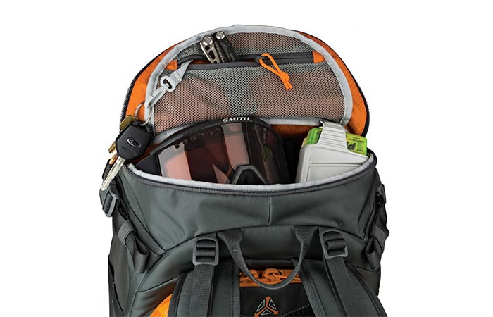 Lowepro Whistler Backpack convenience
