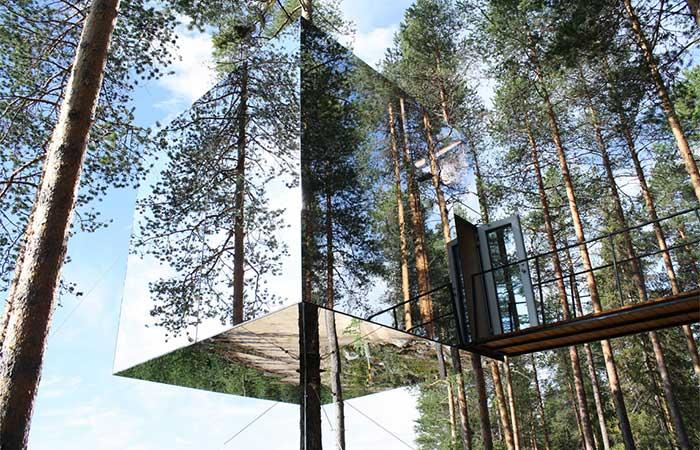 Reflective Tree Hotel