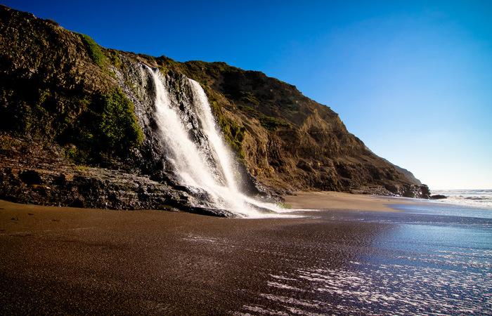 Allamere Falls beach