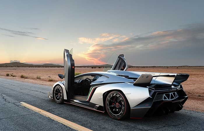 Lamborghini Veneno with open doors
