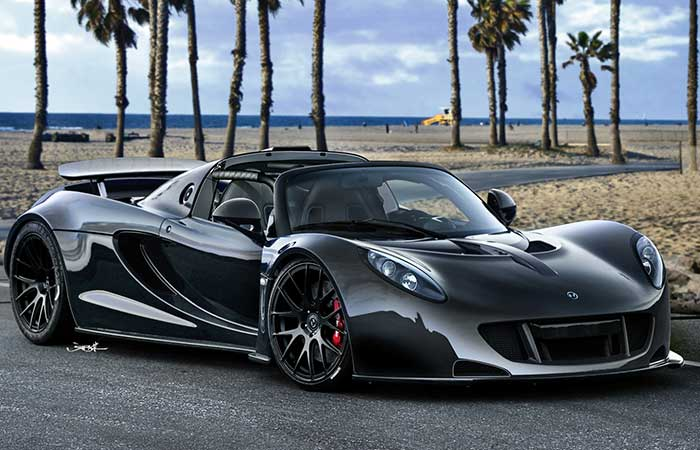 Hennessey Venom GT on the road