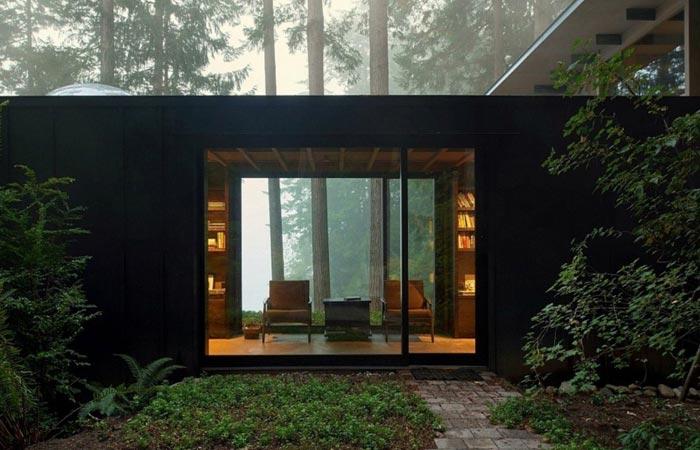 Jim Olson's Cabin Retreat at night