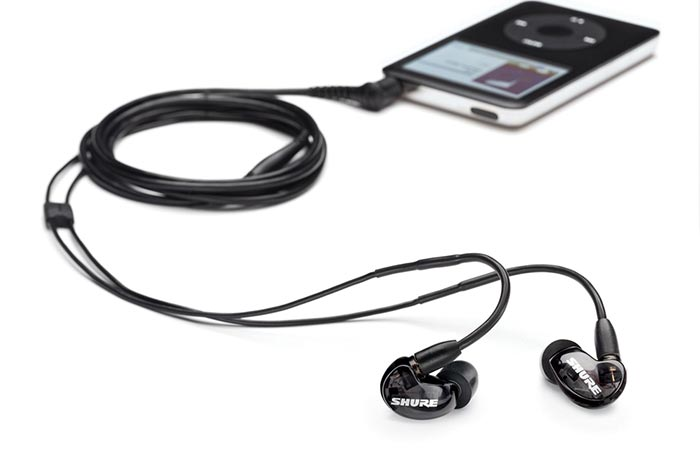 Shure S-215 Ear-buds connected to iPad