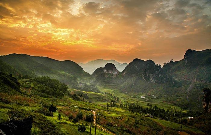 Vietnam, Đồng Văn Valley