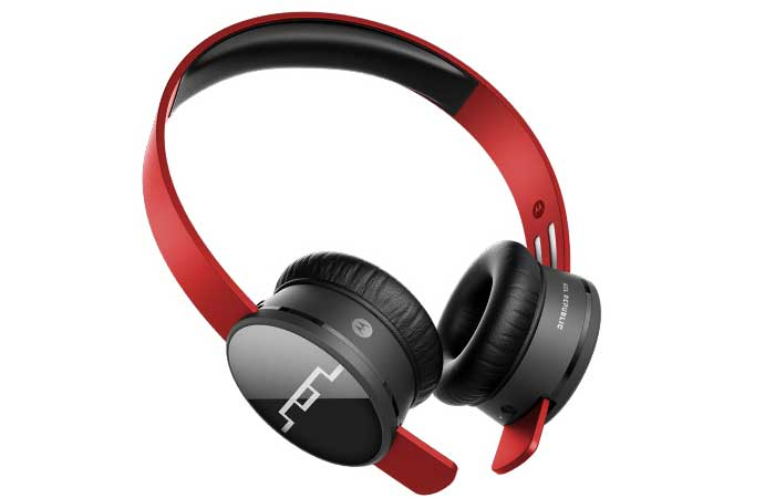 Red Sol Republic 1430-00 Tracks Air Wireless Headphones on a white background.