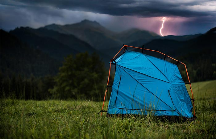 Bolt Half Tent With Lighting Strike Protection