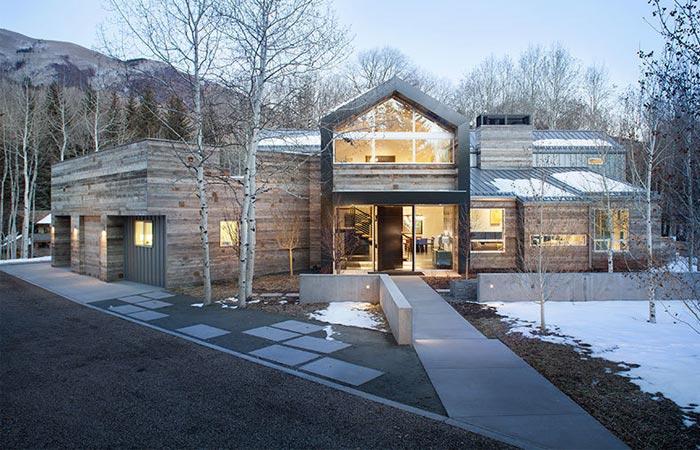 Black Birch Modern exterior, front view.