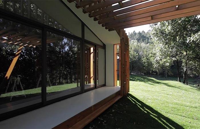 The Exterior of Gomos Modular House