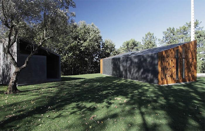Gomos House