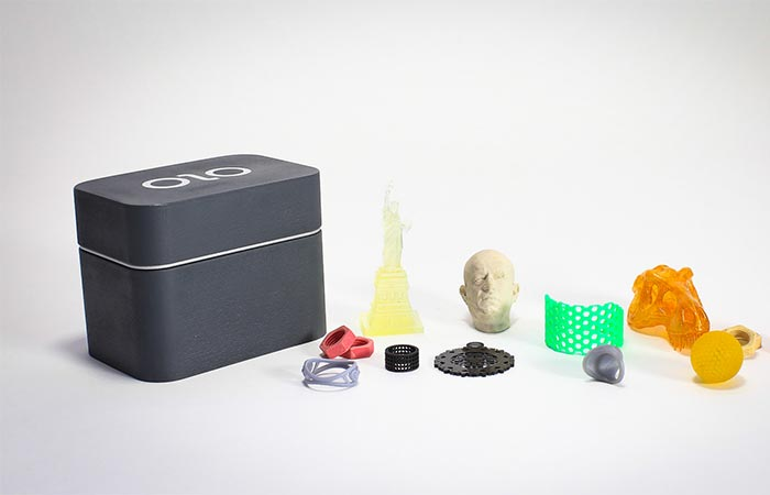 OLO 3D Printer With Printed Items