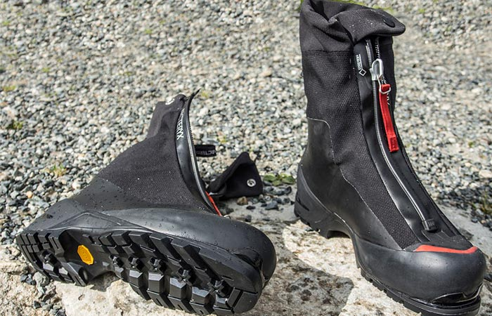Arc'teryx Arcrux AR Mountaineering Boot