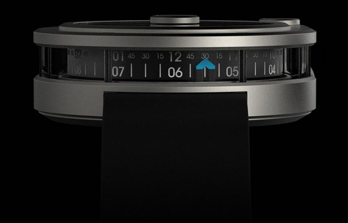 Side view of the AVRA 1-Hundred bezel display
