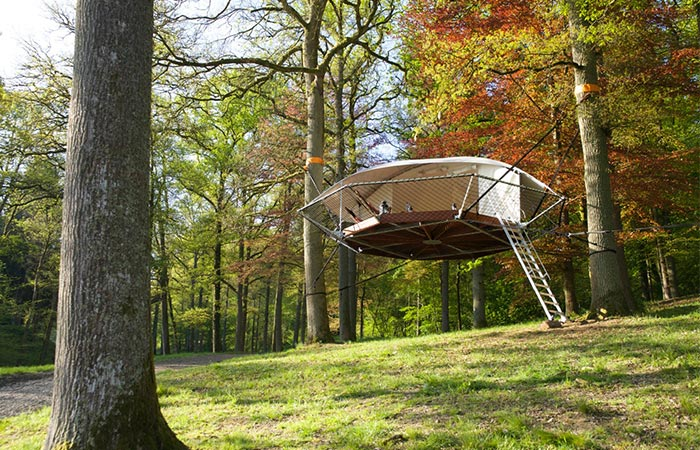Dom'Up Treehouse In The Woods