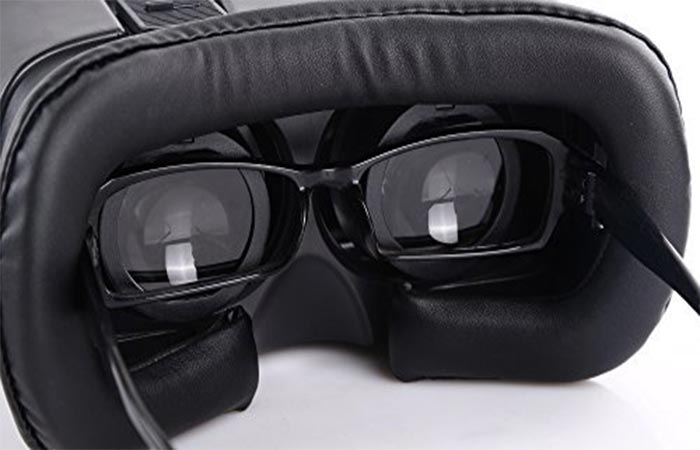 Picture of glasses in the ET-1
